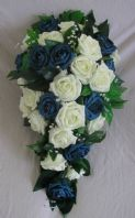 ARTIFICIAL FLOWERS IVORY/NAVY FOAM ROSE BRIDE TEARDROP WEDDING SHOWER BOUQUET